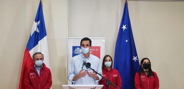 """Ministro Juan Carlos Jobet:  """"Es un día histórico. Desde Magallanes, estaremos produciendo el combustible del futuro par..."""