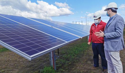 Inauguran el Parque Solar más austral del mundo en Cabrero