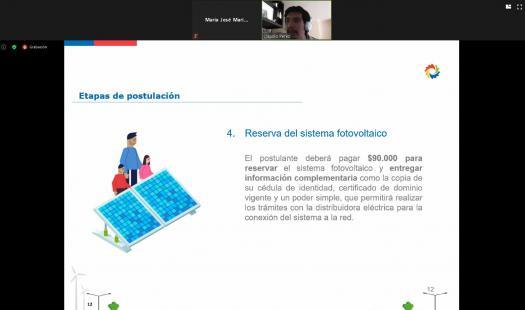 Seremi de Energía de Aysén informó sobre beneficios y financiamiento para el uso de energías renovables y la eficiencia energética en los hogares