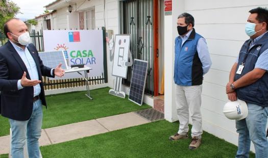 Ministerio de Energía abre licitación para instalar paneles fotovoltaicos en viviendas de La Serena
