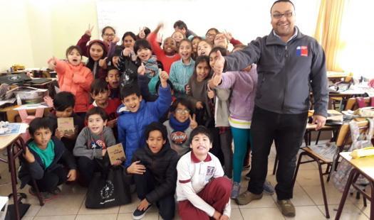 Seremi de Energía recorre escuelas enseñando a los más pequeños la importancia de conocer la energía