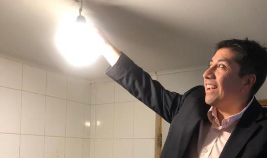 Seremi de Energía entrega recomendaciones para cuidar la energía en el hogar y ahorrar en las cuentas de la luz