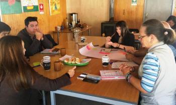 Profesionales de la Seremi de Energía asesoran a comunas de Arauco para su desarrollo energético
