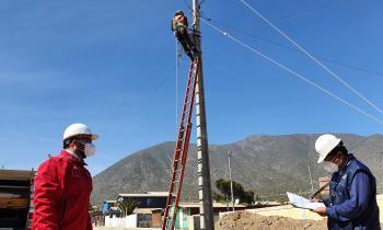 SEREMI de Energía y SEC instruyen la instalación de medidores de voltaje