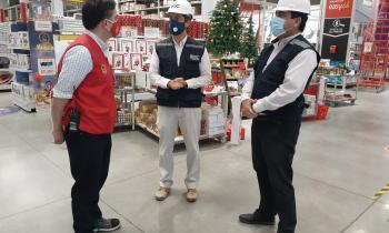 Seremi de Energía y Director Regional SEC Fiscalizan en Arica Artículos eléctricos navideños