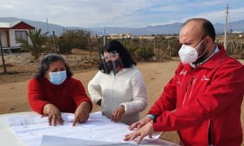 Inician electrificación para 70 familias en el sector de Guayacanes