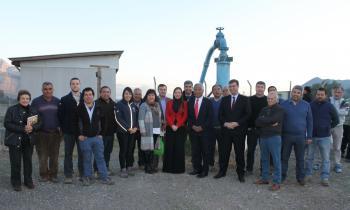 Autoridades y agricultores del Valle de Aconcagua analizan la incorporación de sistema fotovoltaico en su sist...