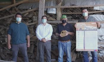 Subsecretario de Energía entregó el Sello de Calidad de Leña a beneficiario de La Junta e hizo un llamado a ser parte de esta iniciativa