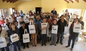 100 familias de Mulchén beneficiadas con kits eficientes