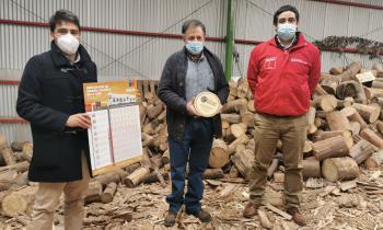 Comerciante y productor del Biobío recibe Sello de Calidad de Leña