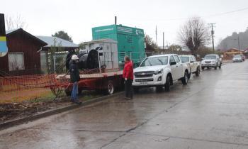 Seremi de Energía visita instalación de generadores de emergencia en Huiscapi, Loncoche