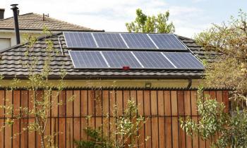 Hasta el 26 de julio estarán abiertas las postulaciones al Programa Casa Solar que permite adquirir sistemas f...