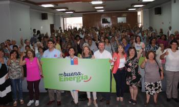 Ministra  entrega beneficios del Programa Con Buena Energía en Iquique