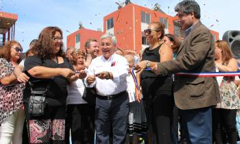 Familias de Iquique reciben departamentos con Sistemas Solares Térmicos