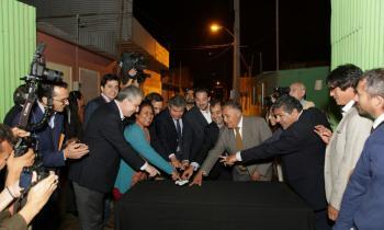 Cien familias de Luz Divina VI ya están conectadas  a la red de distribución eléctrica de ELECDA