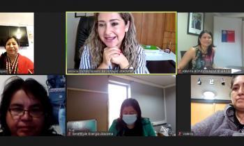 Lideresas de Atacama dialogan sobre género y energía