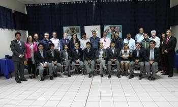 Estudiantes de Hospicio terminan pasantía en electricidad