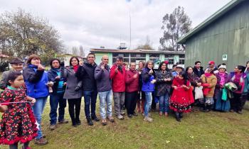 Inauguran proyecto fotovoltaico para escuela rural de Isla Huapi