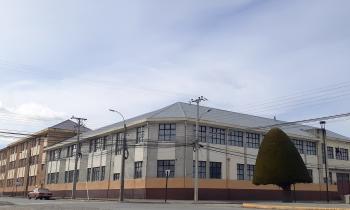 SEREMI de Energía y AgenciaSE licitan $930 millones para mejoramiento térmico de 2 liceos y 2 edificios públic...