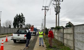 Seremi de Energía de Los Lagos valora el Plan de Retorno Seguro tras conexión eléctrica de 398 viviendas en Pu...