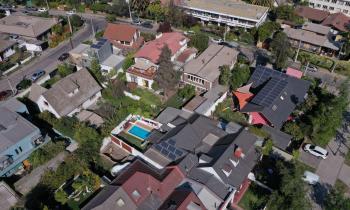 Casa Solar beneficiará a más de 100 hogares de Puerto Montt con sistema fotovoltaico