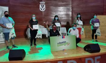Día Mundial de la Eficiencia Energética: Seremi de Energía promueve nueva ley y visita Laja para entrega de kits eficientes a vecinos