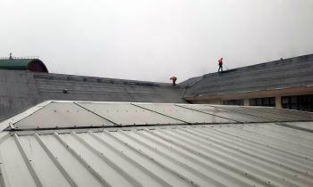 Inician faenas de instalación de planta fotovoltaica en Liceo Bicentenario Luis Alberto Barrera de Punta Arenas