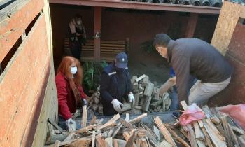 Leñeros del Maule donaron leña a diferentes hogares de adultos mayores y albergues