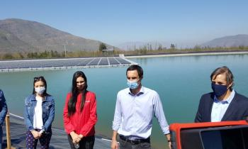 Inauguran planta solar flotante más grande de Chile en la región de Valparaíso