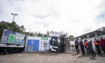 Presidente Piñera inaugura proyecto que generó la primera molécula de hidrógeno verde para vehículos de faena minera