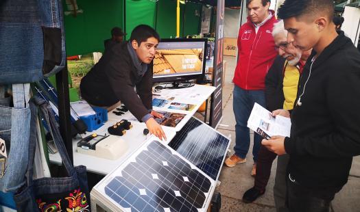 Proveedores de Energía dieron a conocer sus servicios en La Cruz