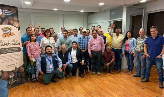 Seremi de Energía capacitó a leñeros de la Región que postularon al Fondo Leña Más Seca