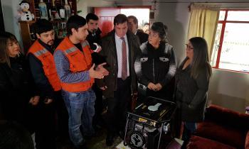 Realizan entrega de generadores a pacientes electrodependientes