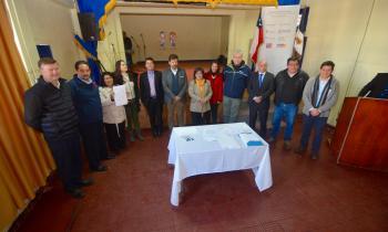 Mesa asociativa de Charrúa permitirá luminarias led para el sector