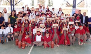 Alumnos de escuelas rurales del Choapa se benefician con 360 pack de ampolletas LED