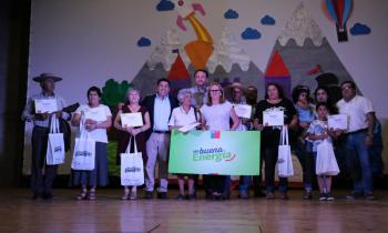 Programa Con Buena Energía entregó ampolletas Led a 300 familias de la comuna de Chépica