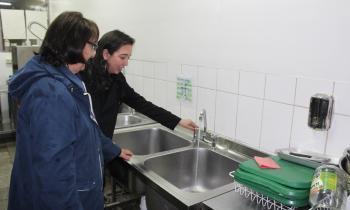Liceo técnico de Valdivia funcionará con energía solar para generar agua caliente