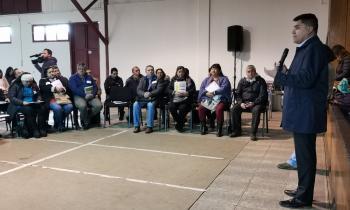 """Junta de Vecinos y Asociaciones Indígenas de Negrete y Mulchén participan en taller """"Guía de DDHH y Proyectos..."""